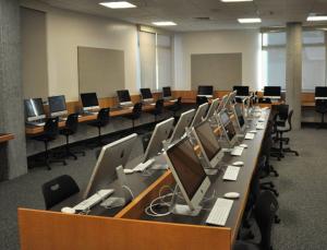 SLVHS library computer lab. Source: slvhs.slv.k12.ca.us